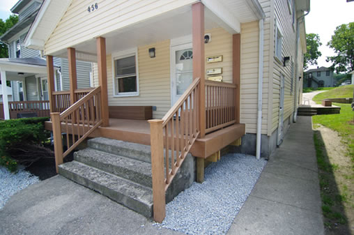 456-A Lowes - Front Steps